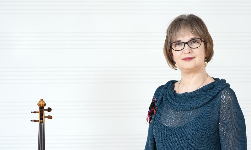 Biserka Pešut, prof., violina – pročelnica odjela