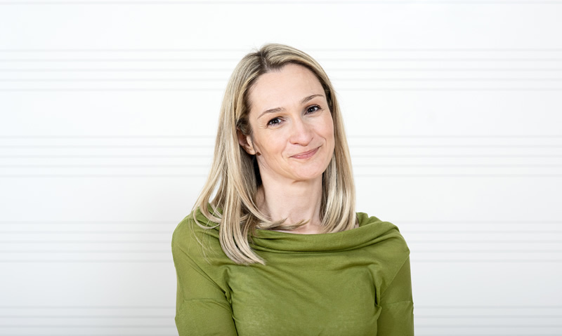 Ana Perčin, prof., klavir