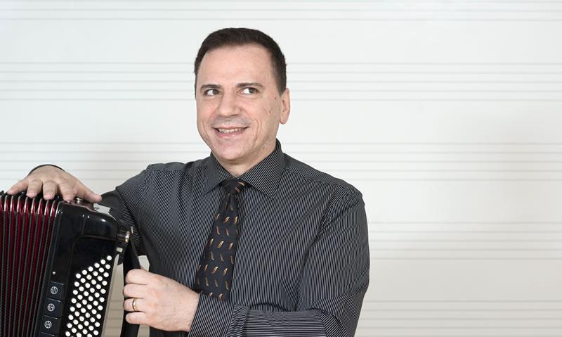 Davor Horvat, prof., harmonika – pročelnik odjela