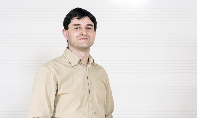 Željko Novosel, prof., gitara – pročelnik odjela